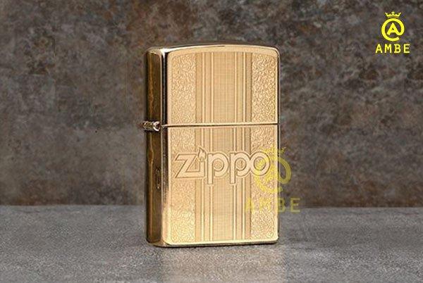Bật lửa Zippo 29677 hoa văn cổ điển