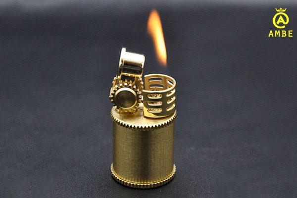 bật lửa mini