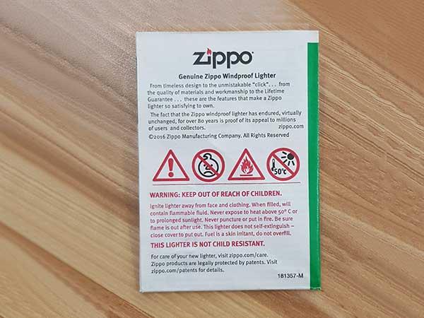 giấy zippo kiêm sách hướng dẫn sử dụng