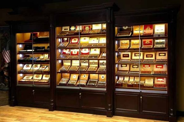 tại sao tủ bảo quản xì gà lại đắt đỏ