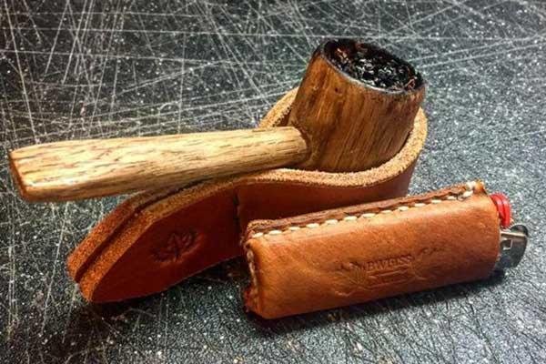 Lợi ích bật lửa hút tẩu chuyên dụng dành cho tẩu gỗ