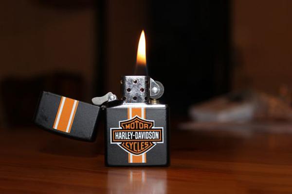 Bật lửa Zippo Harley - Davidson