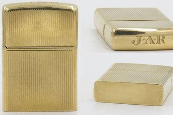 Zippo vàng nguyên khối 1950